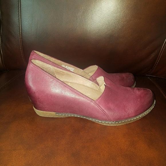 10111f3d16c Dansko Shoes - DANSKO Liliana wedge